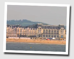 h tel les bains hr h tel vue mer cabourg normandie. Black Bedroom Furniture Sets. Home Design Ideas